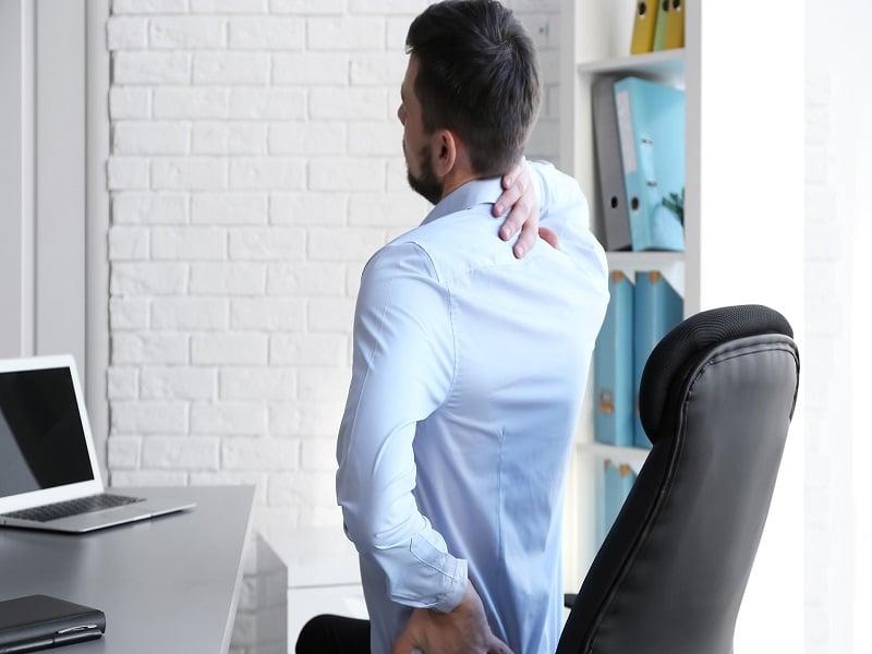 Consejos que pueden ayudarte si estas horas sentado en una oficina